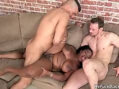 Naughty chocolate babe Jayden Starr enjoys hot threesome.